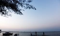 Abrasi Air Laut Berpotensi Ancam Wisata Tanjung Lesung 87860b81ee