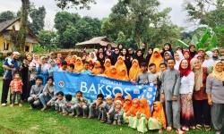 Bakti sosial dan santunan yatim piatu yang digelar oleh Majelis Taklim Al Ikhlas Bogor.