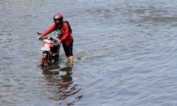Banjir rob (ilustrasi)
