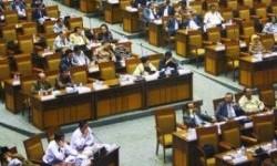 Banyak kursi kosong dalam rapat-rapat di DPR (Ilustrasi)