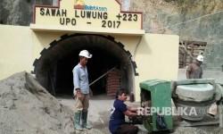 Bekas tambang batu bara Ombilin Sumatera Barat di tutup dan dijadikan sebagai museum pendidikan tambang.