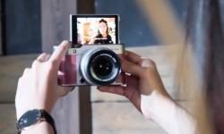 Tren Berswafoto Menggunakan Kamera <em>Mirorrless</em>