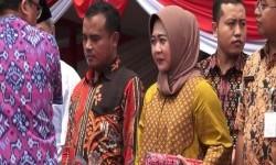 Bupati Purbalingga Tasdi dan Wakil Bupati Dyah Hayuning Pratiwi