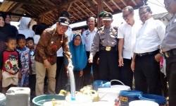 Bupati Sumedang Bantu Pasok Air Bersih