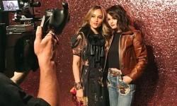 Cinta Laura berfoto bareng Selena Gomez.