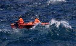 Evakuasi korban kapal tenggelam. (ilustrasi)