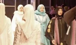 Jokowi Minta Busana Muslim Berciri Khas Indonesia