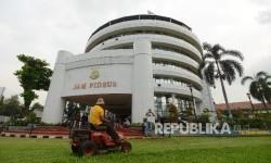 Gedung Bundar Jam Pidsus yang terletak di Kompleks Kejaksaan Agung, Jakarta, Kamis (17/3).