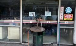 Gerai Sevel di seluruh Indonesia berhenti melayani pelanggan per 30 Juni.