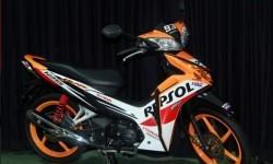 Honda Rilis Blade 125 dan CBR150R Champion Edition