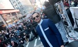 Imam Shamsi Ali memimpin aksi 'I Am Muslim Too' di New York, Ahad (20/2).
