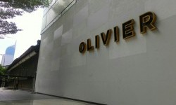 Kafe Olivier tempat Wayan Mirna meminum kopi dan tak lama kemudian ditemukan meninggal.