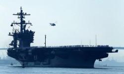 Kapal induk Amerika Serikat USS Carl Vinson.