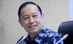 Kepala Badan Koordinasi Penanaman Modal (BKPM) Thomas Lembong menyampaikn realisasi investasi kuartal III di Gedung BKPM, Jakarta, Kamis (27/10).