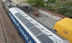 Kereta Tenaga Surya
