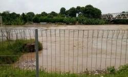 Sungai meluap. Ilustrasi