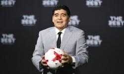 Legenda sepak bola, Diego Maradona.