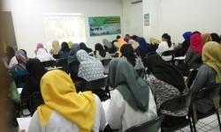 Lulusan AMIK BSI antusias mengikuti psikotes di kampus rekrutmen PT BTPN Syariah.