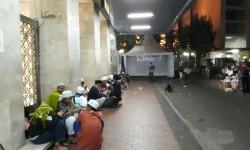 Massa aksi 313 mulai berdatangan ke Masjid Istiqlal, Jumat (31/3) dini hari.
