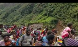 As many as 803 inhabitants of Banti and Kimbeli kampongs, Tembagapura sub-district, Mimika District, Papua Province, who had been taken hostage by an armed criminal group, have been evacuated to Timika after being released by Indonesia's security personnel.