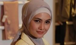 MUI Jatim: Jilbab Ketat dan Transparan Haram