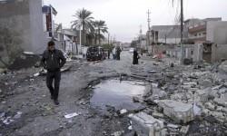 Ceruk bekas bom mobil di Baghdad, Irak (ilustrasi).