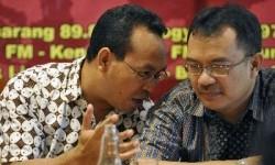 Pakar hukum Unpar Asep Warlan Yusuf (kanan).