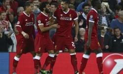 Para pemain Liverpool merayakan gol Emre Can (kedua kanan) ke gawang Hoffenheim pada leg kedua play-off Liga Champions, Kamis (24/8) dini hari WIB.