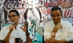 Pasangan calon Gubernur dan Wakil Gubernur DKI Jakarta Anies Rasyid Baswedan (kanan) dan Sandiaga Uno (kiri)