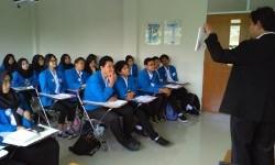 Pelatihan SET di Universitas Pancasila.