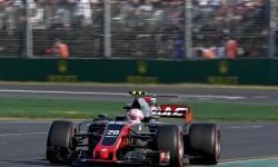 Pembalap Haas, Kevin Magnussen pada balapan GP Australia, di sirkuit Albert Park, Ahad (26/3).