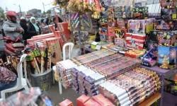 Penjual petasan (ilustrasi)
