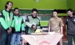 Komunitas Pengemudi Gojek Peduli Pendidikan Indonesia