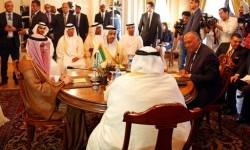 Pertemuan empat Menteri Luar Negeri negara Arab, Uni Emirat Arab, Bahrain, Arab Saudi dan Mesir di Kairo, 5 Juli 2017. Mereka membahas langkah mereka terhadap Qatar.