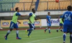Para pemain Persib tengah berlatih. (ilustrasi)