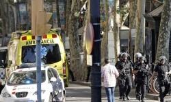 Petugas berjaga di area pejalan kaki di La Ramblas, pusat kota Barcelona, Spanyol, Jumat (17/8) waktu setempat. Sebuah van menabrak ke kerumunan di Plaza Katalunya, La Rambla, sehingga menyebabkan sejumlah orang cedera.