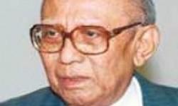 Prof Dr Widjojo Nitisastro
