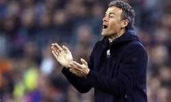 Reaksi pelatih Barcelona, Luis Enrique pada laga La Liga lawan Leganes di Camp Nou, Senin (20/2) dini hari WIB. Barca menang 2-1.