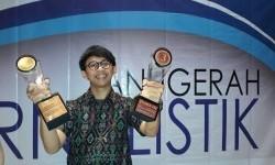 Ronggo Astungkoro, wartawan Republika menyabet dua penghargaan MH Thamrin Award 2017, Rabu (20/9).