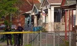 Rumah di Seymour Avenue, Cleveland, Ohio, Amerika Serikat, tempat tiga wanita disekap selama 10 tahun. Ketiganya ditemukan masih hidup.