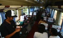 Salah satu gerbong di rangkaian kereta KA Argo Muria