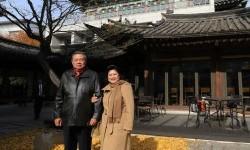 SBY dan Ibu Ani di Seoul.