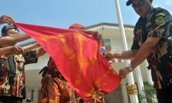 Aksi menentang paham komunisme (ilustrasi)