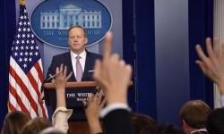 Sekretaris Pers Gedung Putih Sean Spicer