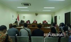 Sidang gugatan Alfamart terhadap KIP dan Mustolih Siradj kembali dilaksanakan dengan agenda penyerahan berkas kesimpulan, Selasa (21/3).