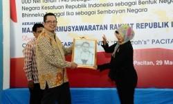 Wakil Ketua MPR RI Mahyudin melakukan sosialisasi empat pilar.di Pacitan.