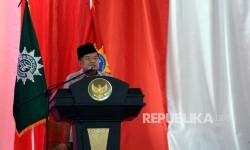 Wakil Presiden Jusuf Kalla memberikan arahan pada Penutupan Tanwir Muhammadiyah di Islamic Center, Ambon, Maluku, Ahad (26/2).