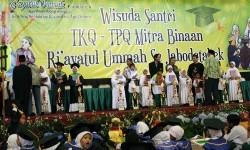 Wisuda LPGDM Riayatul Ummah di Balai Sudirman, Jakarta, belum lama ini.