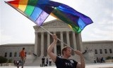 Unjuk rasa pendukung kaum gay dan legalisasi pernikahan sesama jenis di Washington, Amerika Serikat.