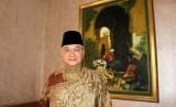 Ahmad Riawan Amin (foto atas) dan suasana diskusi ekonomi syariah yang digelar FPKB DPR di Jakarta, Jumat (3/11).